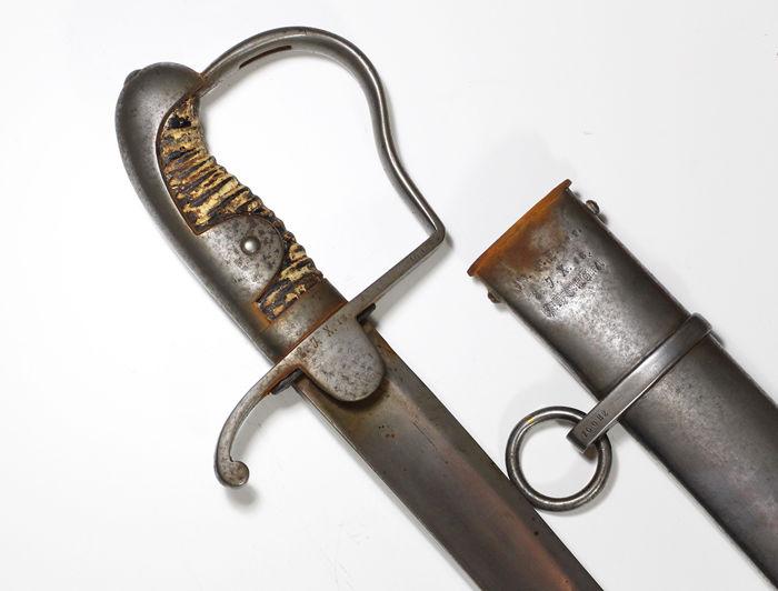 sabre de cavalerie légère dit a la chasseur AN , mais... Bce0c710