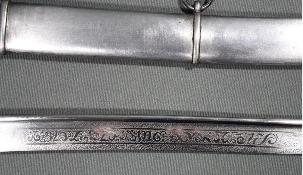 Sabre de cavalerie prussienne, anglaise ou autre ?? Mamelu11