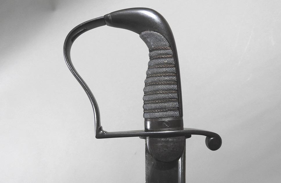 Sabre de cavalerie prussienne, anglaise ou autre ?? Michae10