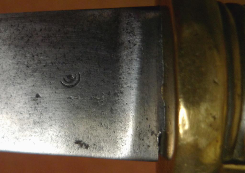 Briquet an XI Coulaux-Klingenthal poincon P1050913