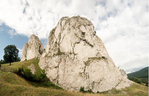 """Baraj Hidrotehnic sau """"Scălduşul Uriaşilor""""? P_ampo10"""