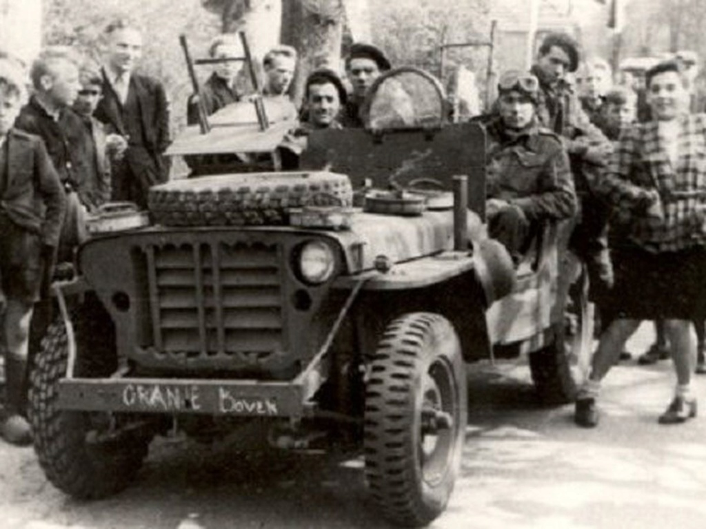 Jeep commando SAS 1944 (tamiya 1/35) 5ee03e10
