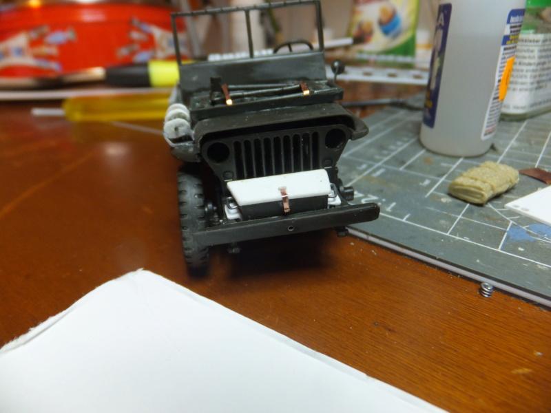 "Corvée d' eau saharienne-[tamiya] Jeep, [italeri] Dodge wc 62 1/35 Goumier ICM indigène MB ""FIN"" - Page 5 Dscf0730"