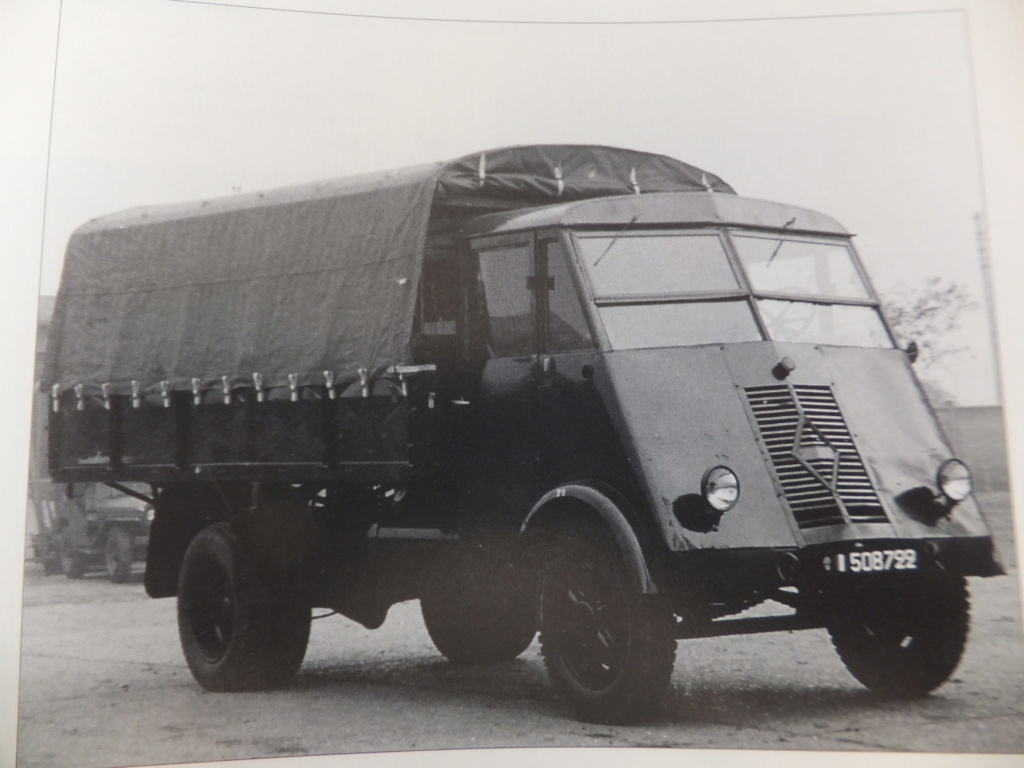 Camion Renault mod 35.. 1/72  marque ACE - Page 2 Dscf1317