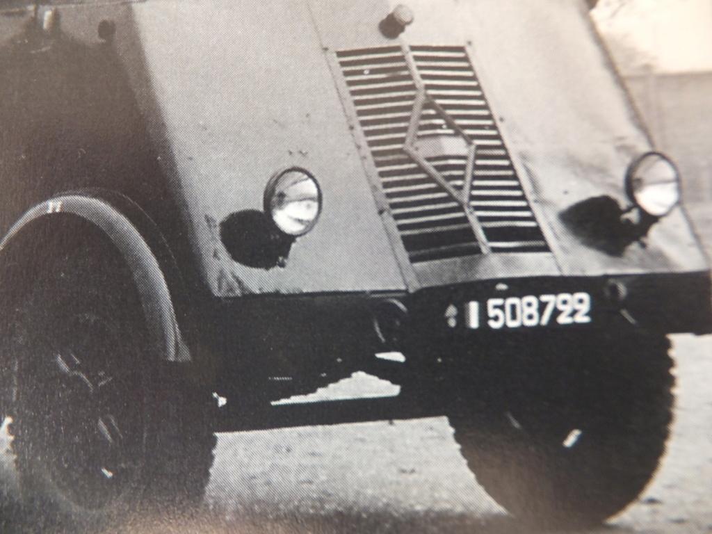 Camion Renault mod 35.. 1/72  marque ACE - Page 2 Dscf1318