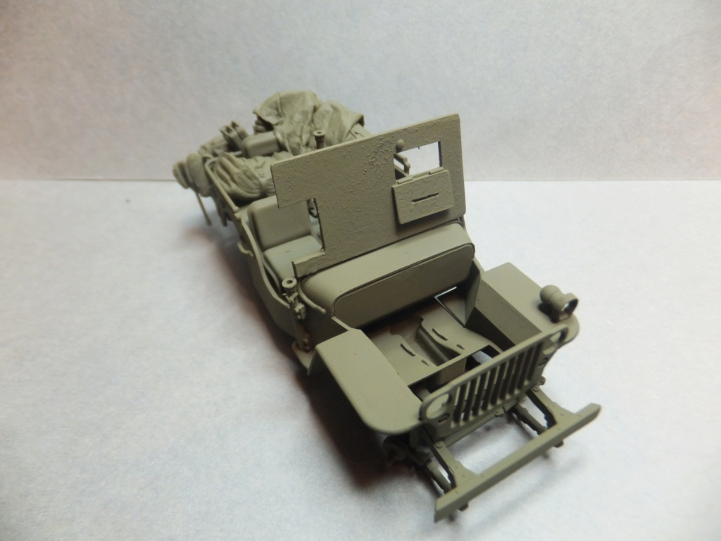 Convergence sur My Tho-Indochine 1945-[Tamiya]-35083- Half Track motar carrier M21-[Italeri]-226-Dodge WC54 ambulance_-314-Jeep willys-1/35 - Page 39 Dscf1411