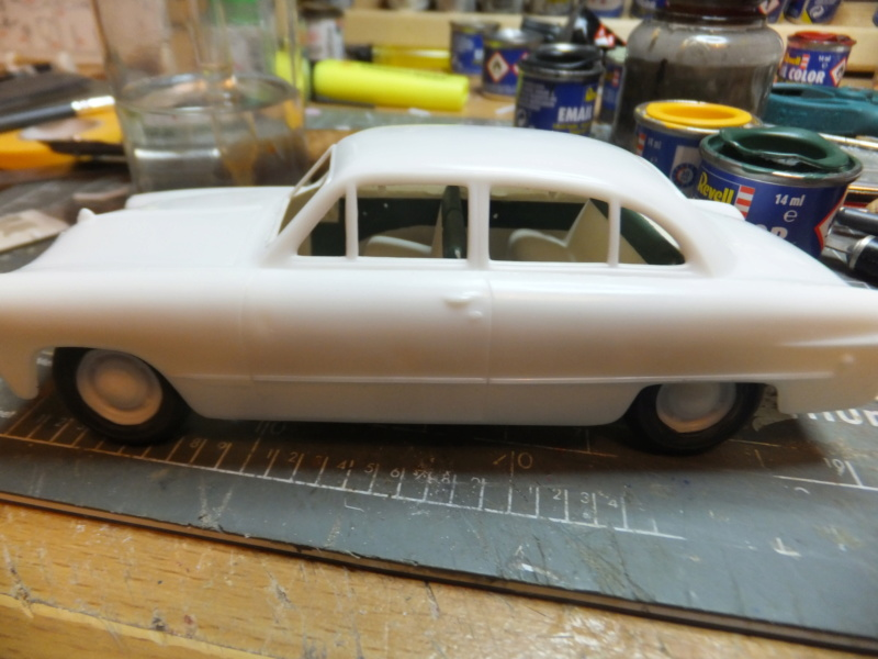 "Etain à l'heure américaine-Ford Tudor coupé 1949. 1/32[Lindberg]-jeep 1/35[Tamiya]-Europe, 1945[Masterbox3514]1/35-1960 Ford Thunderbird[AMT1135] 1/32.""FIN"" - Page 3 Dscf6882"