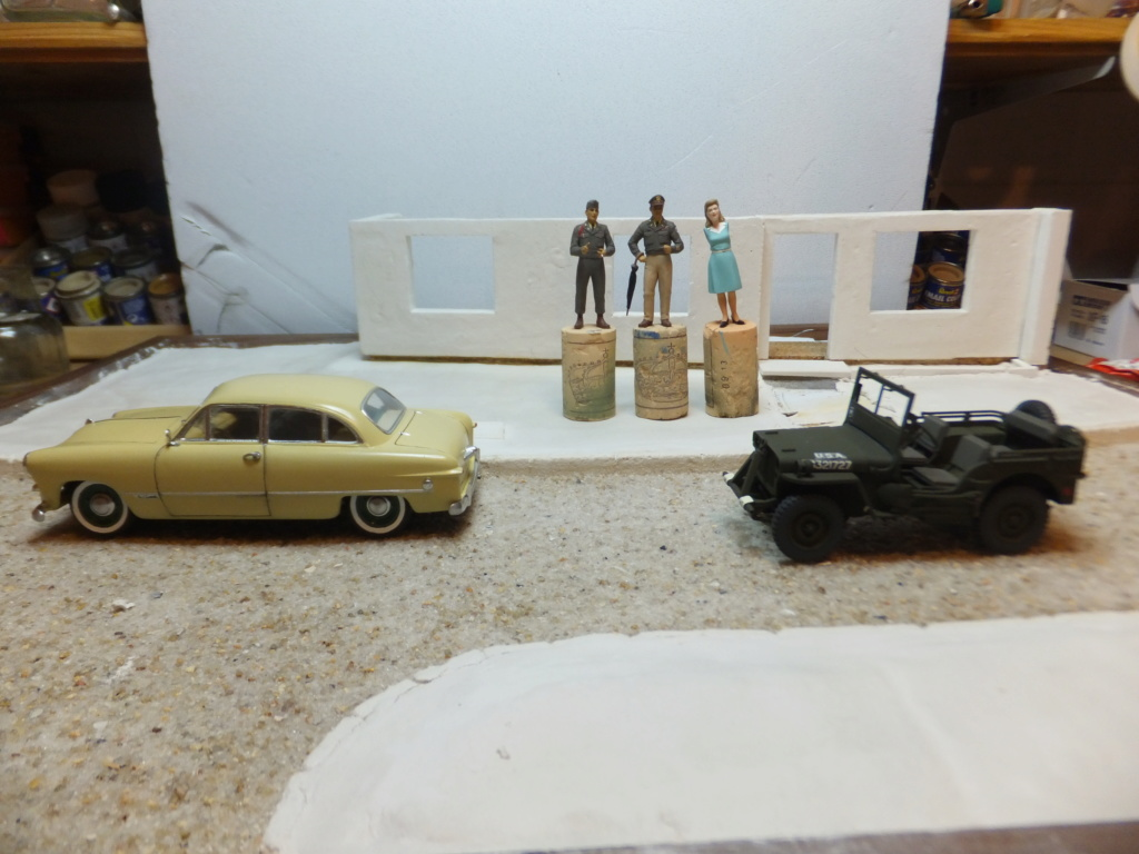 Etain à l'heure américaine-Ford Tudor coupé 1949. 1/32[Lindberg]-jeep 1/35[Tamiya]-Europe, 1945[Masterbox3514]1/35-1960 Ford Thunderbird[AMT1135] 1/32. - Page 7 Dscf7316