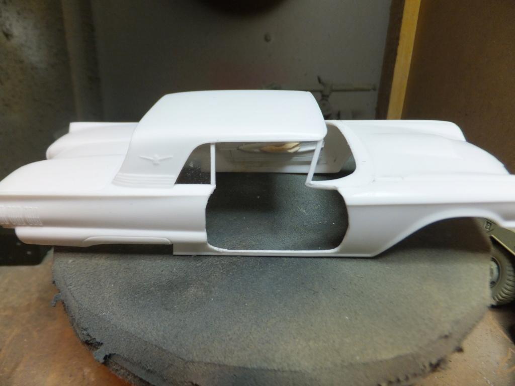 Défi montage maquette : AMT réf. 1135 1960 Ford Thunderbird 1/32 *** Terminé en pg 4 Dscf7331