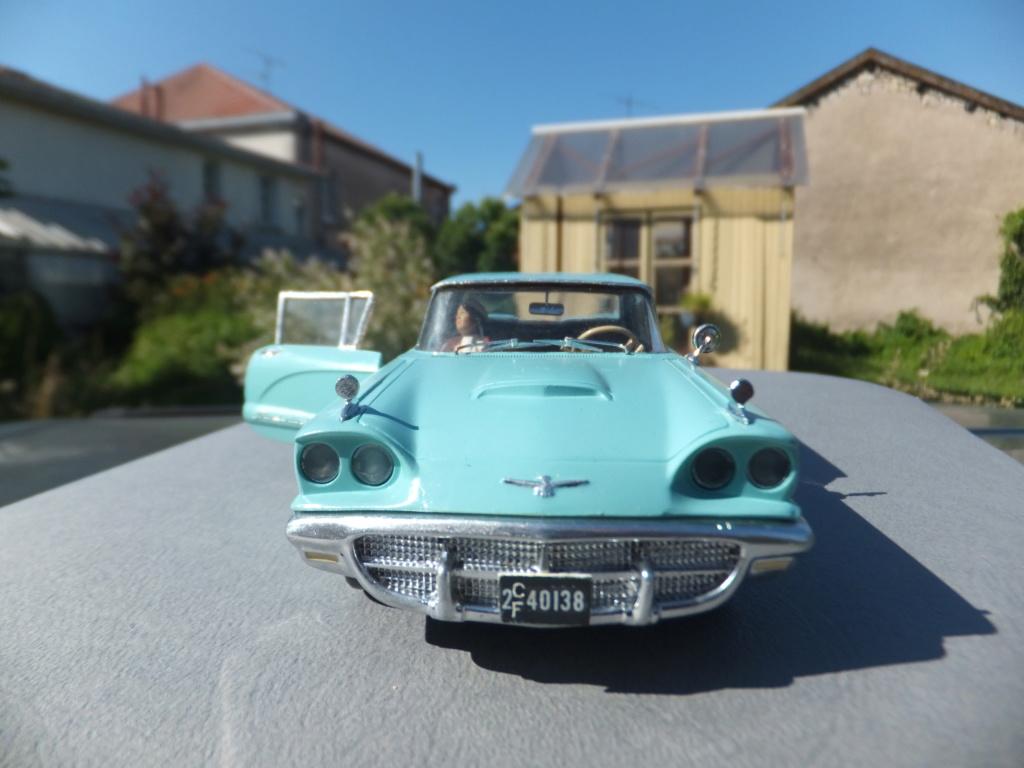 Défi montage maquette : AMT réf. 1135 1960 Ford Thunderbird 1/32 *** Terminé en pg 4 - Page 4 Dscf7412