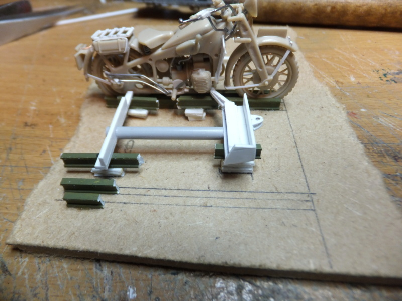 """Sidecar Bernardet 2 modéle 1938 Dragon porté RM -1/35- scrath """"FIN"""" - Page 3 Dscf8767"""
