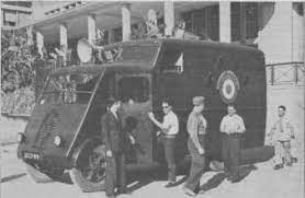 Camion Renault mod 35.. 1/72  marque ACE Index37