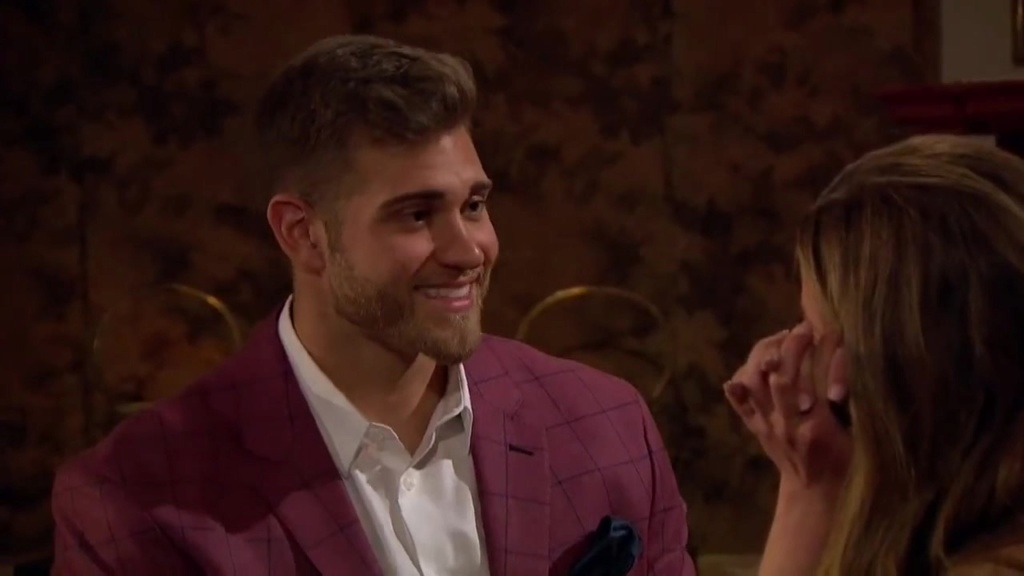 Bachelorette 15 - Hannah Brown - ScreenCaps - *Sleuthing Spoilers* -  - Page 45 Previe13