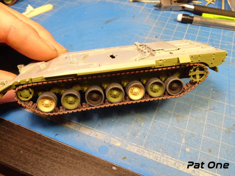 "T-14 ""Armata"" 1/72 ( Zvezda 5056 ) *** Terminé en pg 2 Dsc00725"