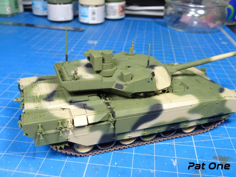 "T-14 ""Armata"" 1/72 ( Zvezda 5056 ) *** Terminé en pg 2 - Page 2 Dsc00827"