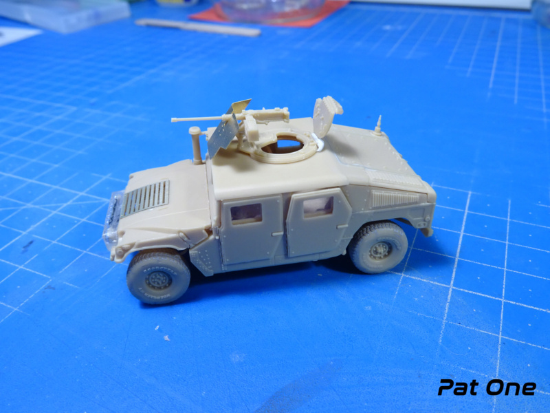 Us.modern M1114 Up-armored HMMWV 1/72 ( T-model TM-7201 )*** Terminé en pg 2 Dsc01111