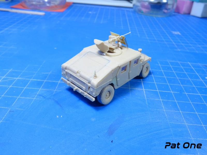 Us.modern M1114 Up-armored HMMWV 1/72 ( T-model TM-7201 )*** Terminé en pg 2 Dsc01112