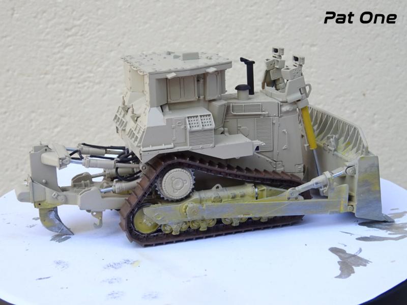 M1070 & M1000 w/D9R 1/72 ( Takom 5002 )*** Terminé en pg 7 - Page 5 Dsc01113