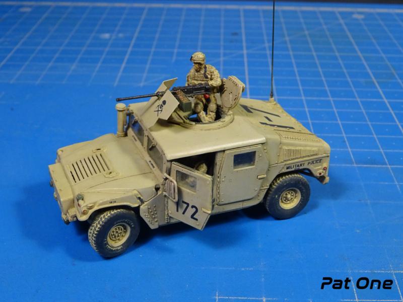 Us.modern M1114 Up-armored HMMWV 1/72 ( T-model TM-7201 )*** Terminé en pg 2 - Page 2 Dsc01411
