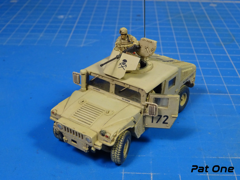 Us.modern M1114 Up-armored HMMWV 1/72 ( T-model TM-7201 )*** Terminé en pg 2 - Page 2 Dsc01412