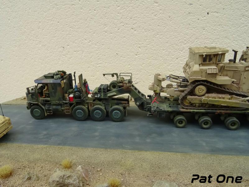 M1070 & M1000 w/D9R 1/72 ( Takom 5002 )*** Terminé en pg 7 - Page 7 Dsc01425