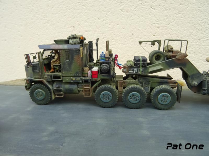 M1070 & M1000 w/D9R 1/72 ( Takom 5002 )*** Terminé en pg 7 - Page 7 Dsc01427