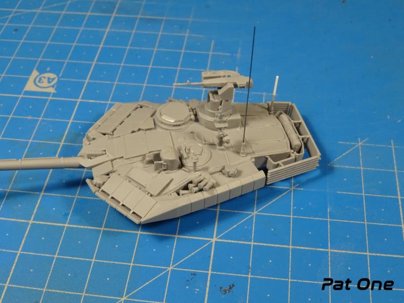 T90MS Char de combat russe 1/72 ( Zvezda 5065 ) Dsc01740