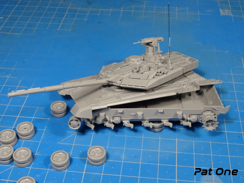 T90MS Char de combat russe 1/72 ( Zvezda 5065 ) Dsc01742