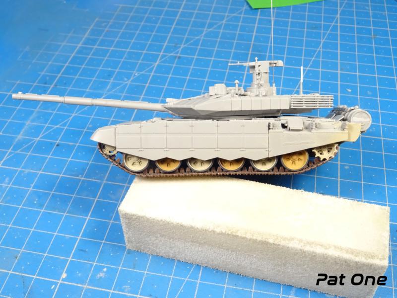 T90MS Char de combat russe 1/72 ( Zvezda 5065 ) - Page 2 Dsc01757