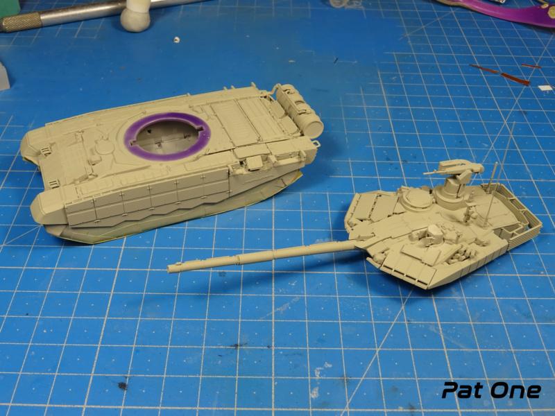 T90MS Char de combat russe 1/72 ( Zvezda 5065 ) - Page 2 Dsc01762