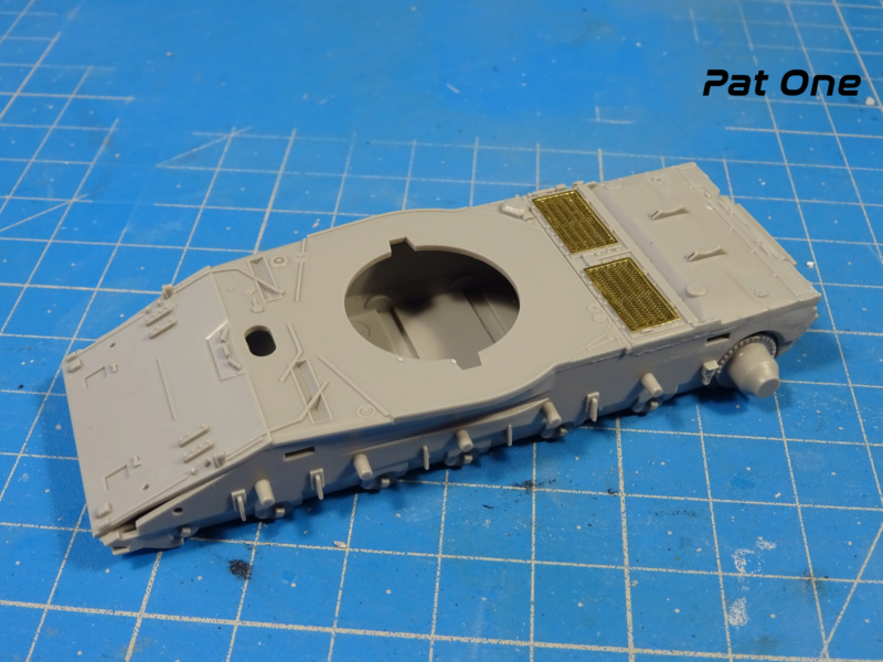 MAZ-7410 & Chmzap-9990 w/ T-80BV MBT 1/72 (Modelcollect UA 72153) Dsc01828