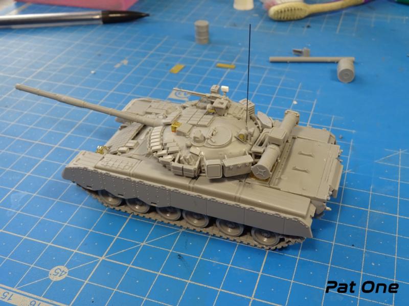 MAZ-7410 & Chmzap-9990 w/ T-80BV MBT 1/72 (Modelcollect UA 72153) Dsc01830