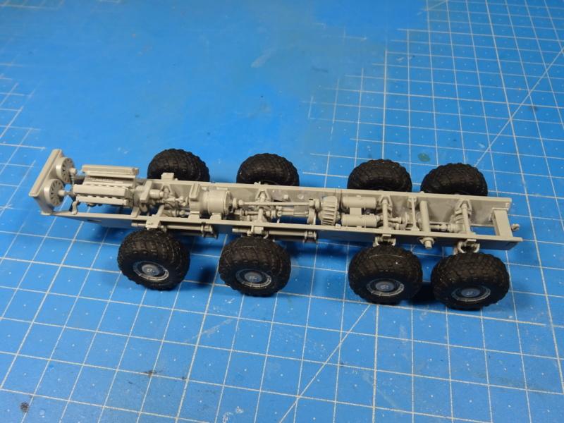 MAZ-7410 & Chmzap-9990 w/ T-80BV MBT 1/72 (Modelcollect UA 72153) Dsc01840