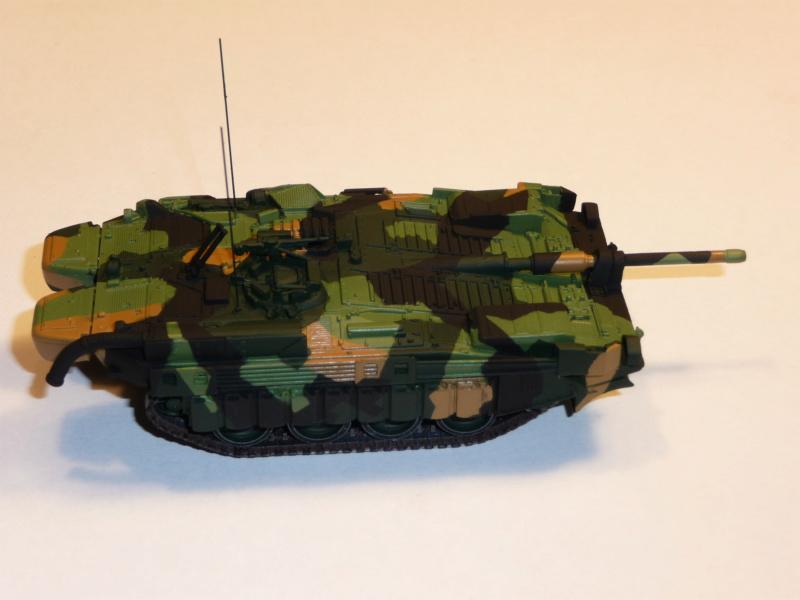 Strv 103C MBT 1/72 ( Trumpeter 07298 ) *** Terminé en pg 4 - Page 2 P1260019