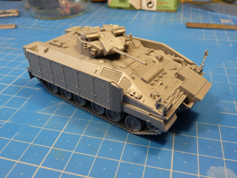 Warrior MCV with add-on armour 1/72 ( Revell 03144 ) *** Terminé en pg 2 P1260232