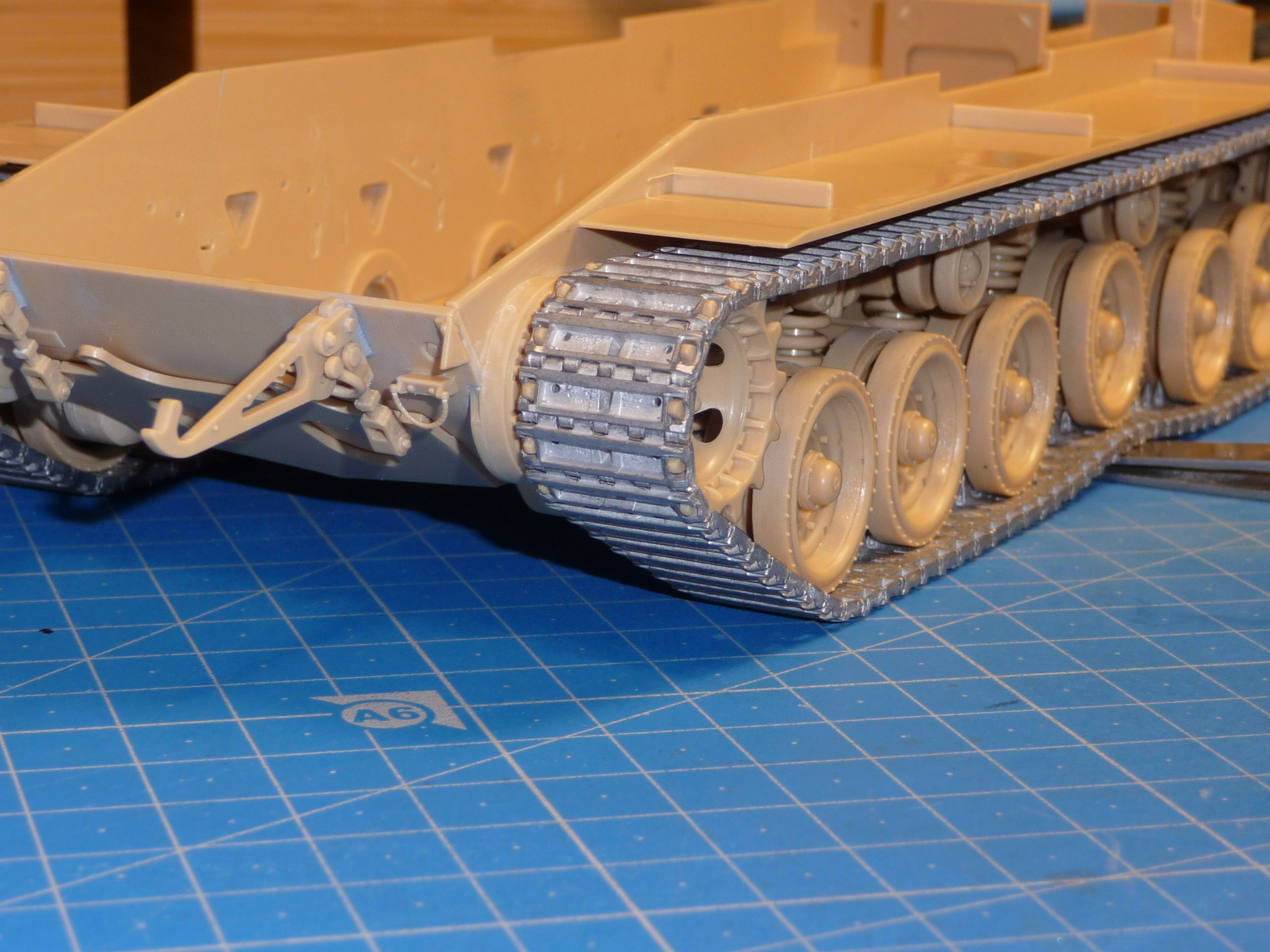Merkava Mk.4M w/Trophy Active Protection System 1/35 ( Meng TS-036 ) - Page 2 P1260717