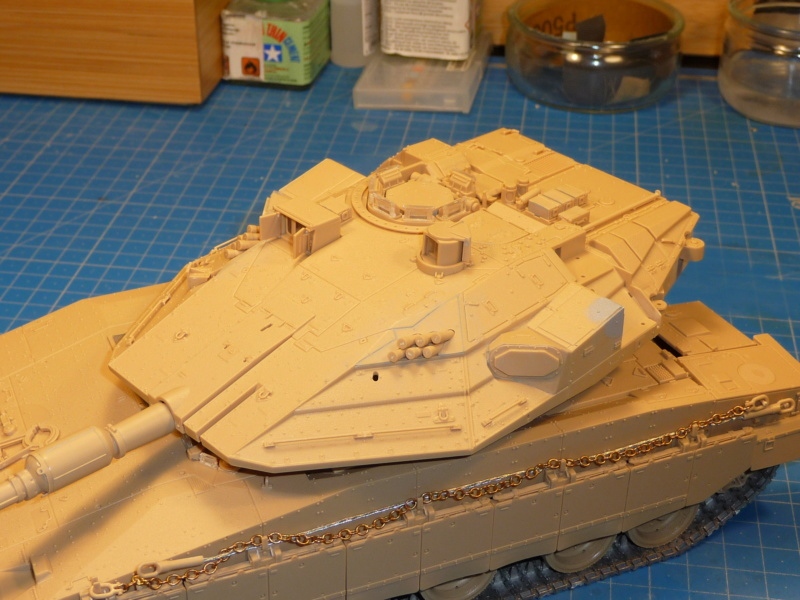 Merkava Mk.4M w/Trophy Active Protection System 1/35 ( Meng TS-036 ) - Page 2 P1260742
