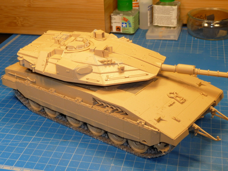Merkava Mk.4M w/Trophy Active Protection System 1/35 ( Meng TS-036 ) - Page 2 P1260744