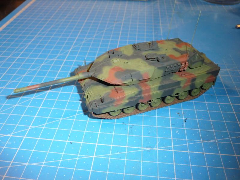 Leopard 2A6/A6M 1/72 ( Revell 03180 ) *** Terminé en pg 2 P1270010