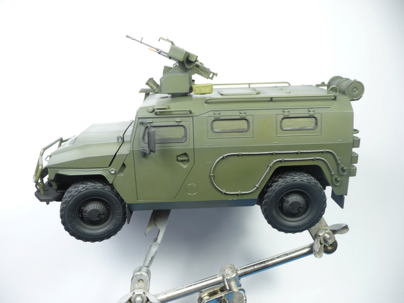 """Tiger-M Russian Armored vehicule with """"Arbalet"""" 1/35 ( Zvezda 3683 ) *** Terminé en pg 3 - Page 2 P1290817"""
