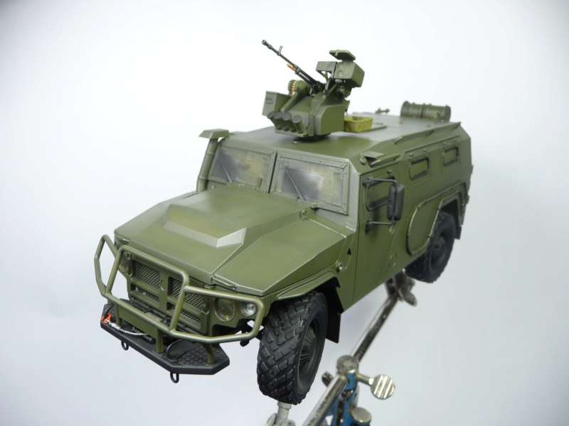 """Tiger-M Russian Armored vehicule with """"Arbalet"""" 1/35 ( Zvezda 3683 ) *** Terminé en pg 3 - Page 2 P1290818"""