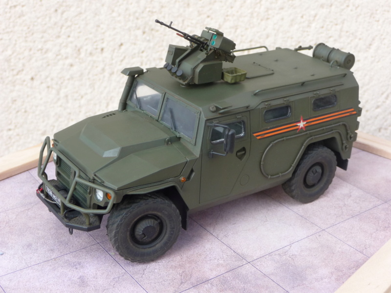 """Tiger-M Russian Armored vehicule with """"Arbalet"""" 1/35 ( Zvezda 3683 ) *** Terminé en pg 3 - Page 3 P1300338"""