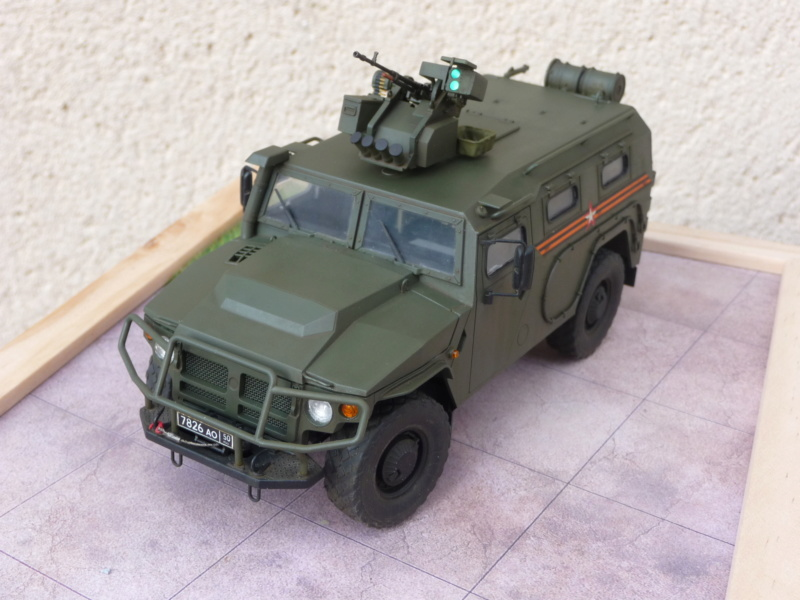 """Tiger-M Russian Armored vehicule with """"Arbalet"""" 1/35 ( Zvezda 3683 ) *** Terminé en pg 3 - Page 3 P1300339"""