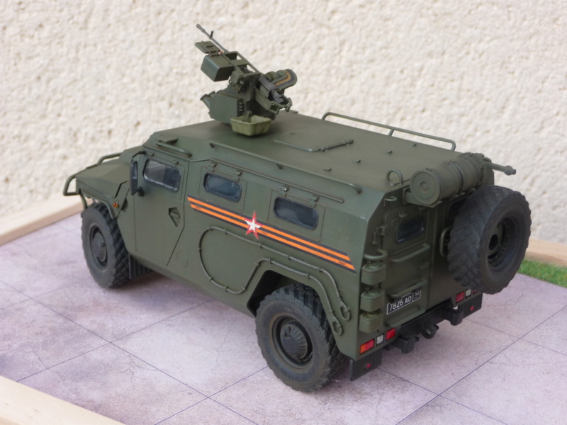 """Tiger-M Russian Armored vehicule with """"Arbalet"""" 1/35 ( Zvezda 3683 ) *** Terminé en pg 3 - Page 3 P1300342"""