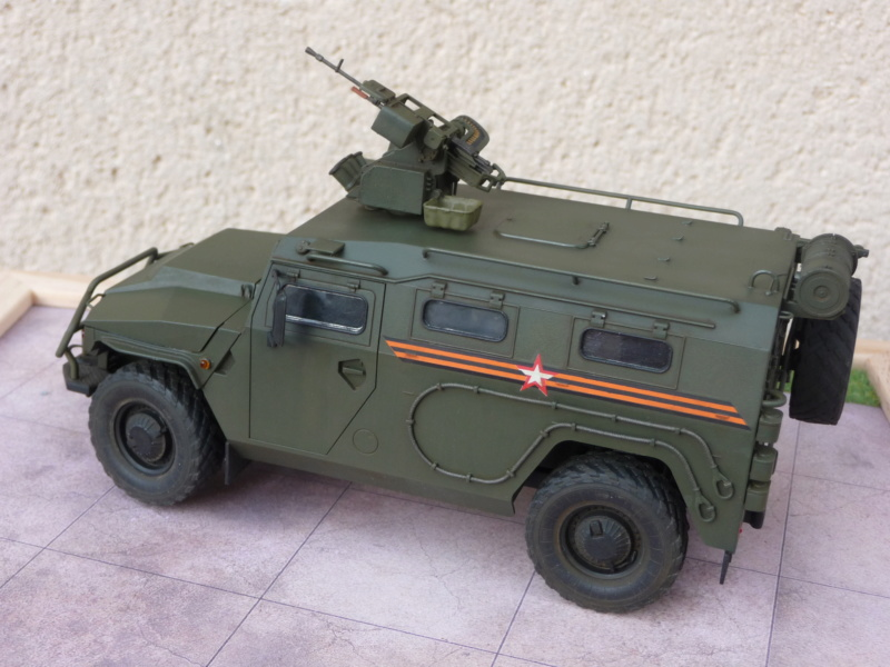 """Tiger-M Russian Armored vehicule with """"Arbalet"""" 1/35 ( Zvezda 3683 ) *** Terminé en pg 3 - Page 3 P1300343"""