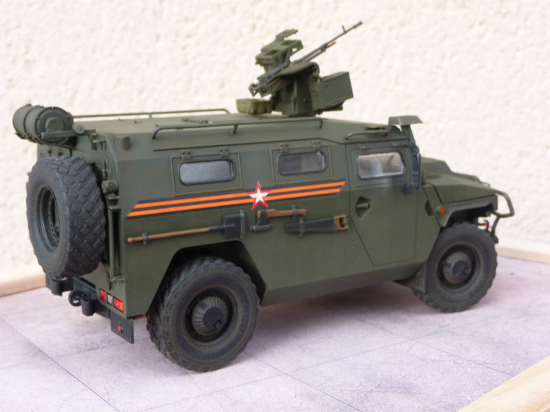 """Tiger-M Russian Armored vehicule with """"Arbalet"""" 1/35 ( Zvezda 3683 ) *** Terminé en pg 3 - Page 3 P1300344"""