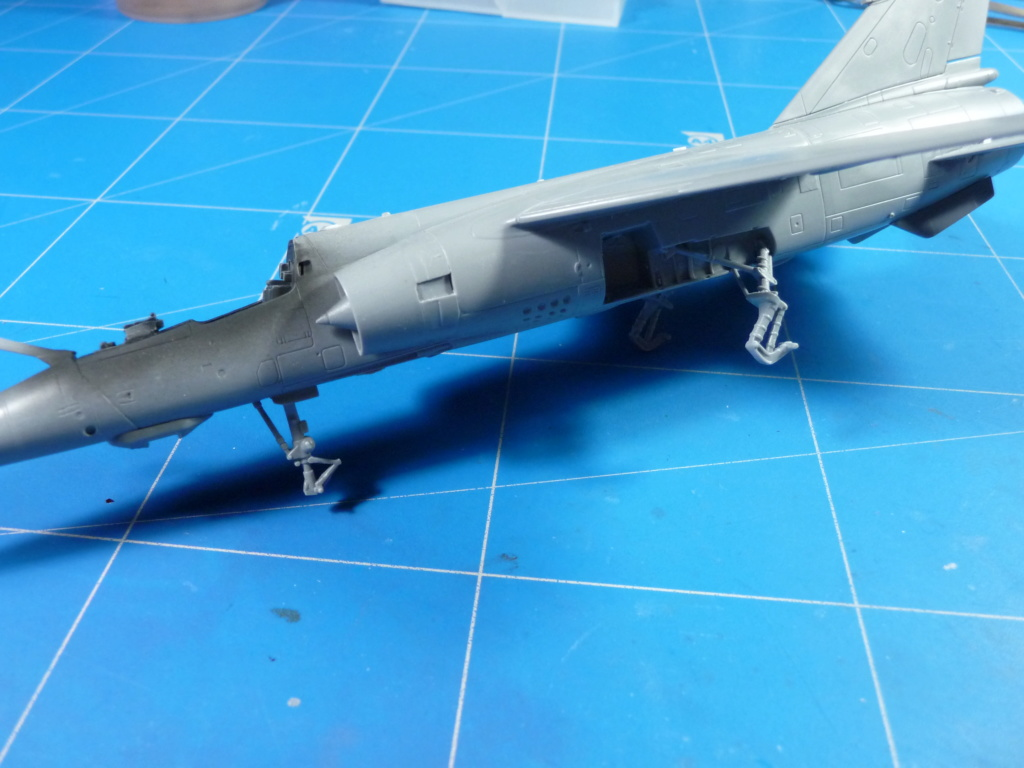 "Mirage F.1CR  ER 02/33 ""Savoie"" 1/72 (Special Hobby 72347) - Page 2 P1300511"