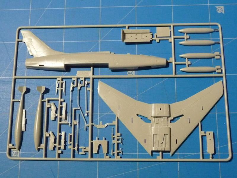 F-100F Super Sabre 1/72 (Italeri 1398) P1300815