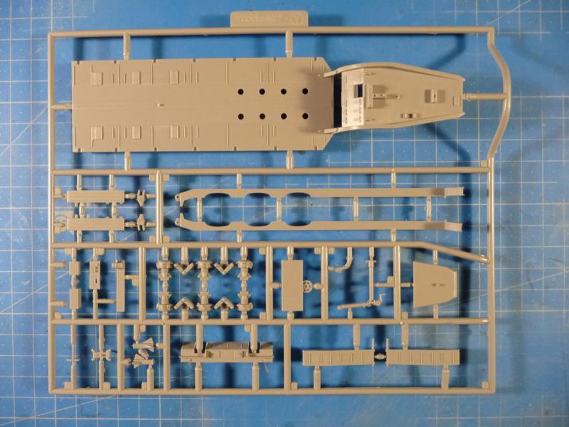 Ouvre-boite : MAZ-7410 & Chmzap-9990 w/ T-80BV MBT 1/72 (Modelcollect UA 72153) P1310427