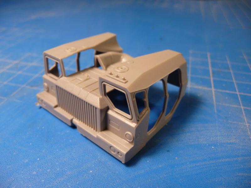 Ouvre-boite : MAZ-7410 & Chmzap-9990 w/ T-80BV MBT 1/72 (Modelcollect UA 72153) P1310515